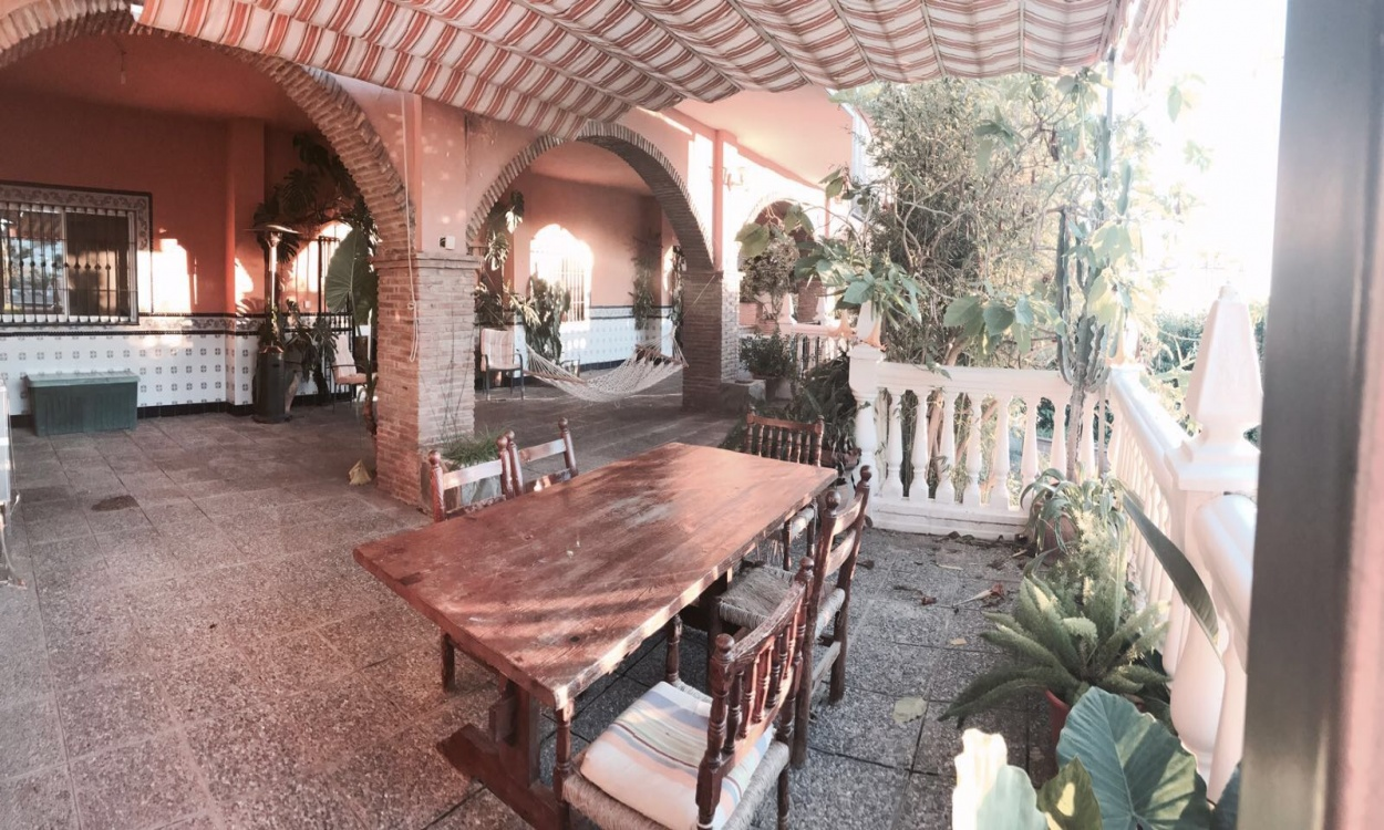 Rincón de la Victoria, 6 Bedrooms Bedrooms, ,3 BathroomsBathrooms,Chalet,En Venta,1052