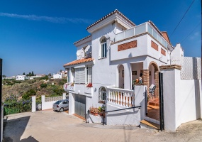 benajarafe, 3 Bedrooms Bedrooms, ,4 BathroomsBathrooms,Chalet,En Venta,1081